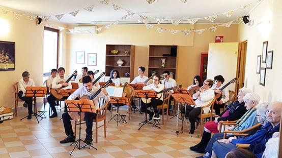 """DALL'ISTITUTO CIVICO MUSICALE """"BRERA"""" AL SENTIERO D'ARGENTO DI SOZZAGO"""